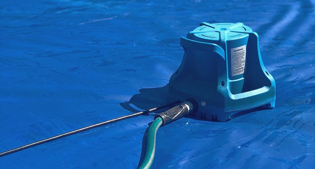 Winter Pool Tips, Pool Cover and Pool Cover Pumps